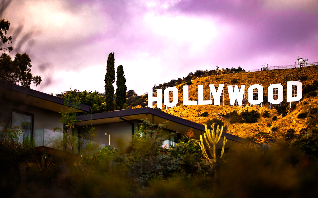 Cheap Flights for Spring - Hollywood in Los Angeles