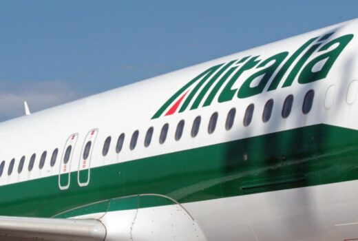 Alitalia to Stop Selling Tickets as Replacement Awaits Takeover