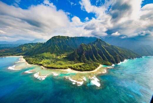 do you need a passport to go to hawaii